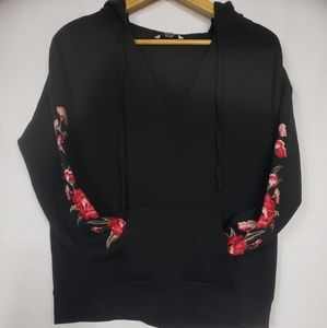 American Eagle Hoodie with Embroidered Sleeves M